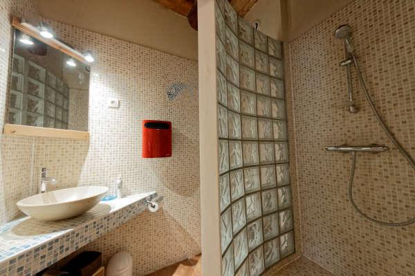 Chambre Esterel salle de bain