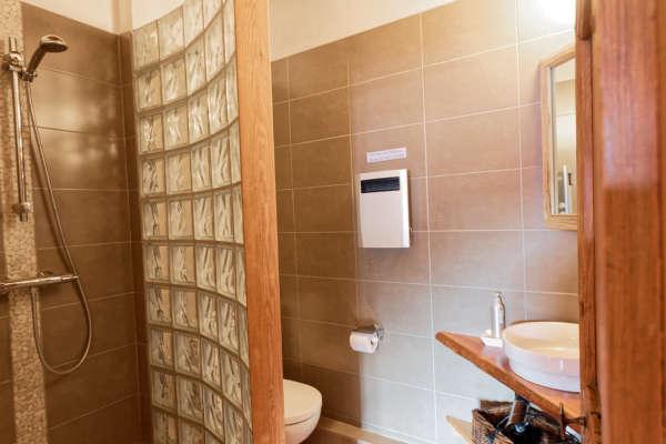 Chambre Pousterle salle de bain