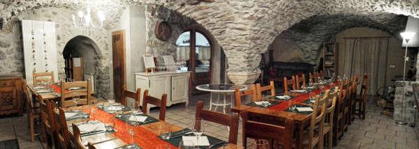 Clot Saint Joseph table d'hotes cuisine pilier